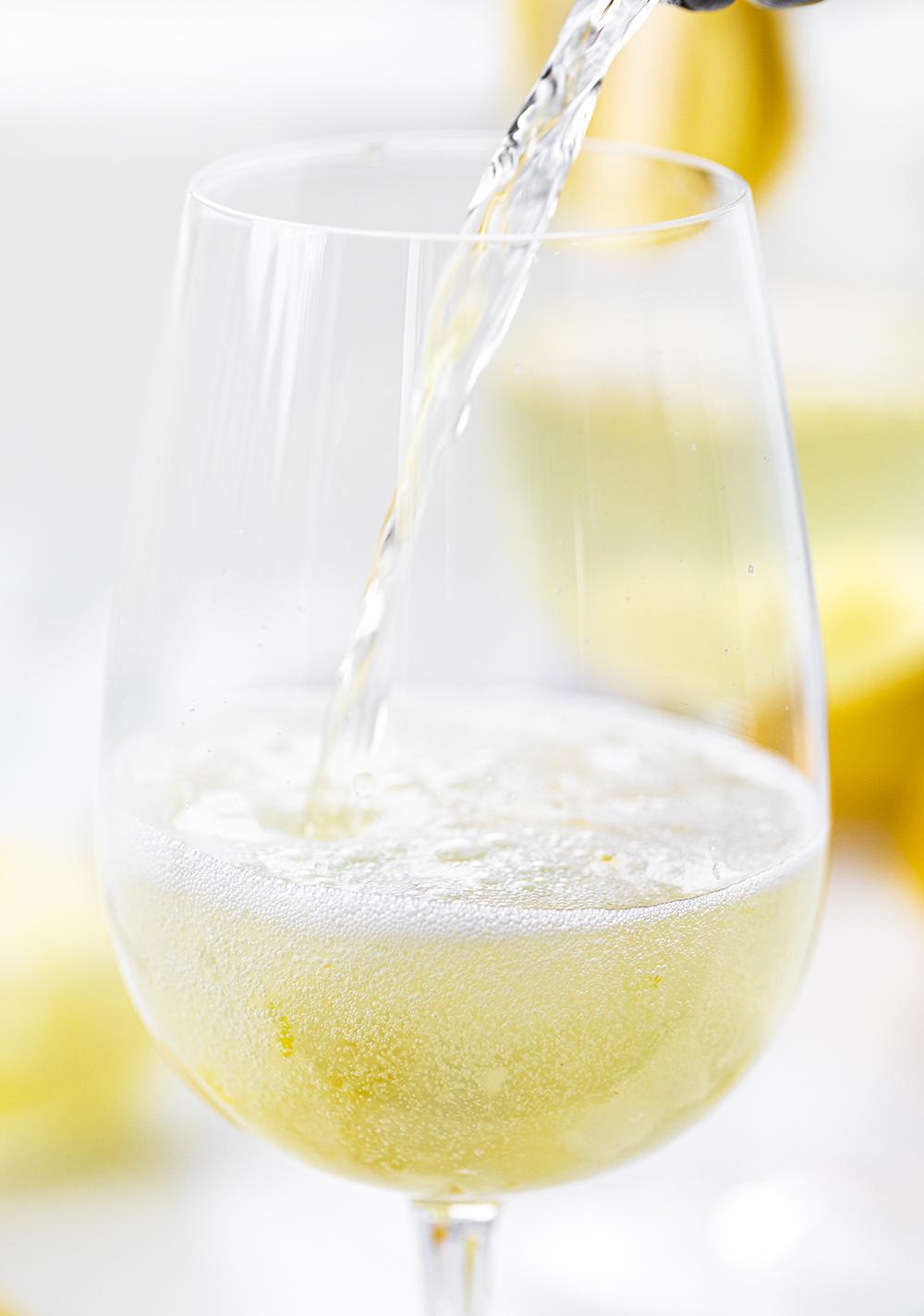 Lemon Vodka Prosecco | i am baker