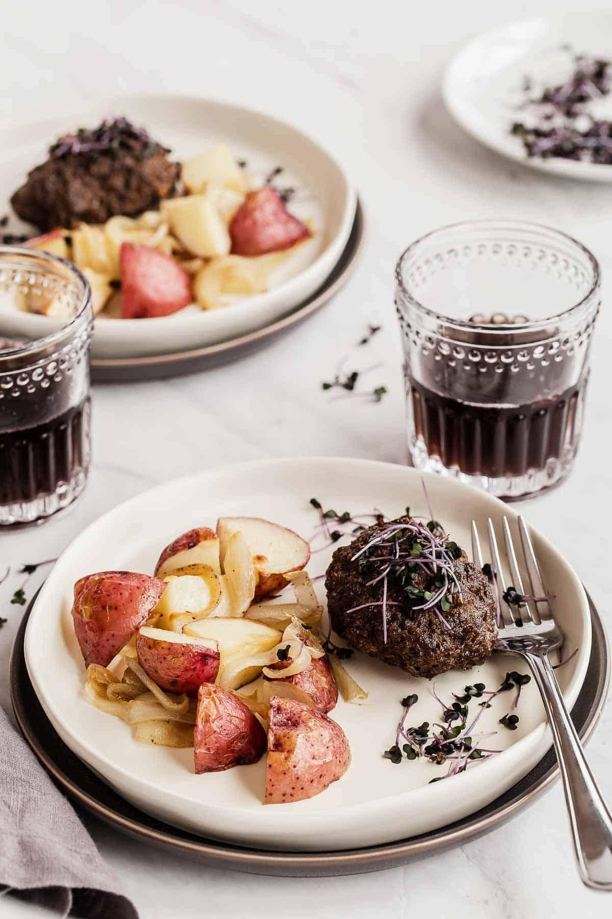 Salisbury Steak Easy Dinner Recipe - One Pan Meal