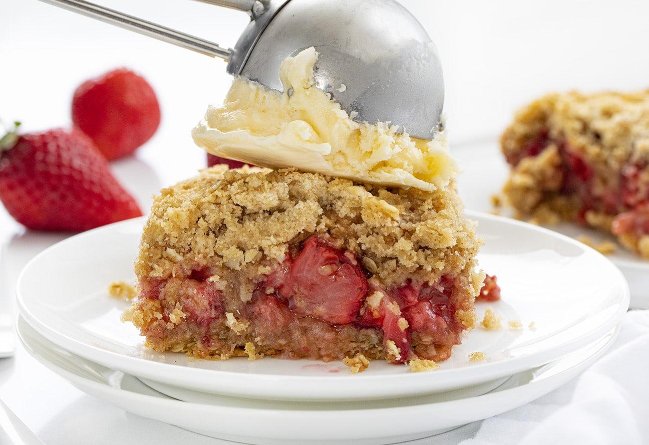 Strawberry Crisp | i am baker