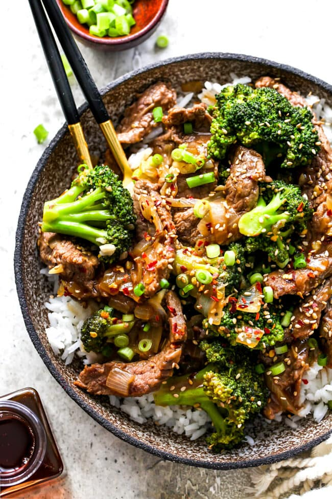 Beef and Broccoli {Easy} - Two Peas & Their Pod