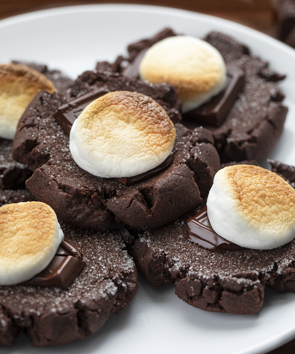 Chocolate Marshmallow Cookies | i am baker