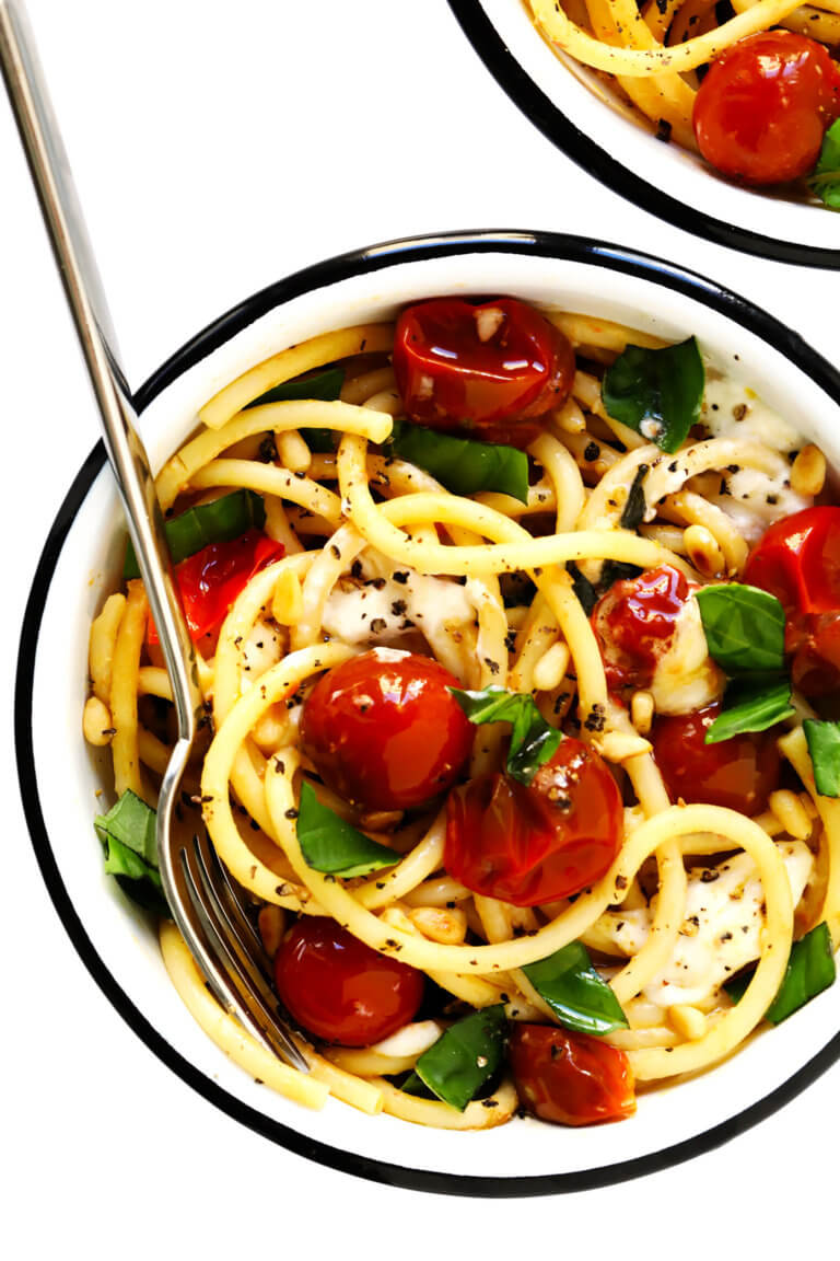Pasta with Burst Cherry Tomatoes, Burrata and Basil | Gimme Some Oven