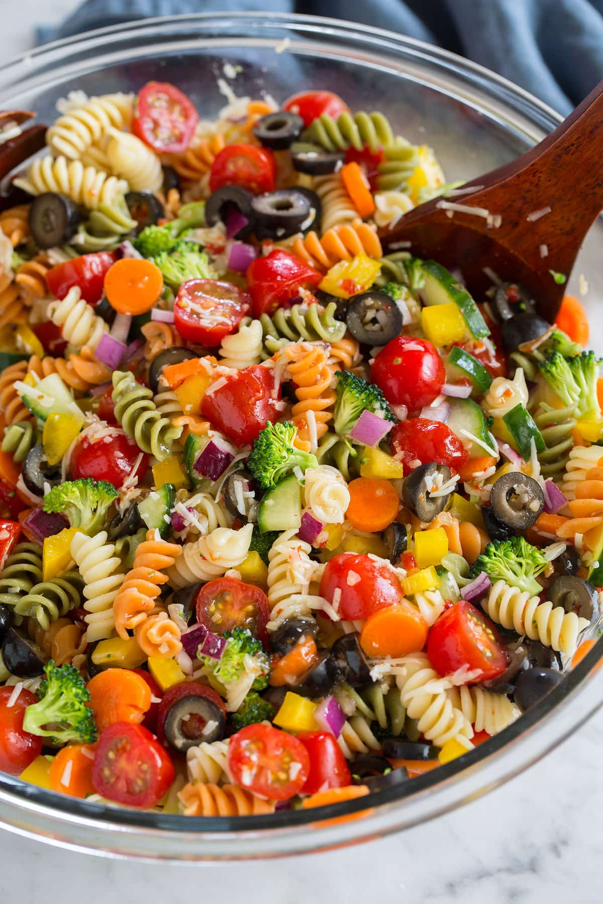 Easy Pasta Salad Recipe (The Best!) - Cooking Classy