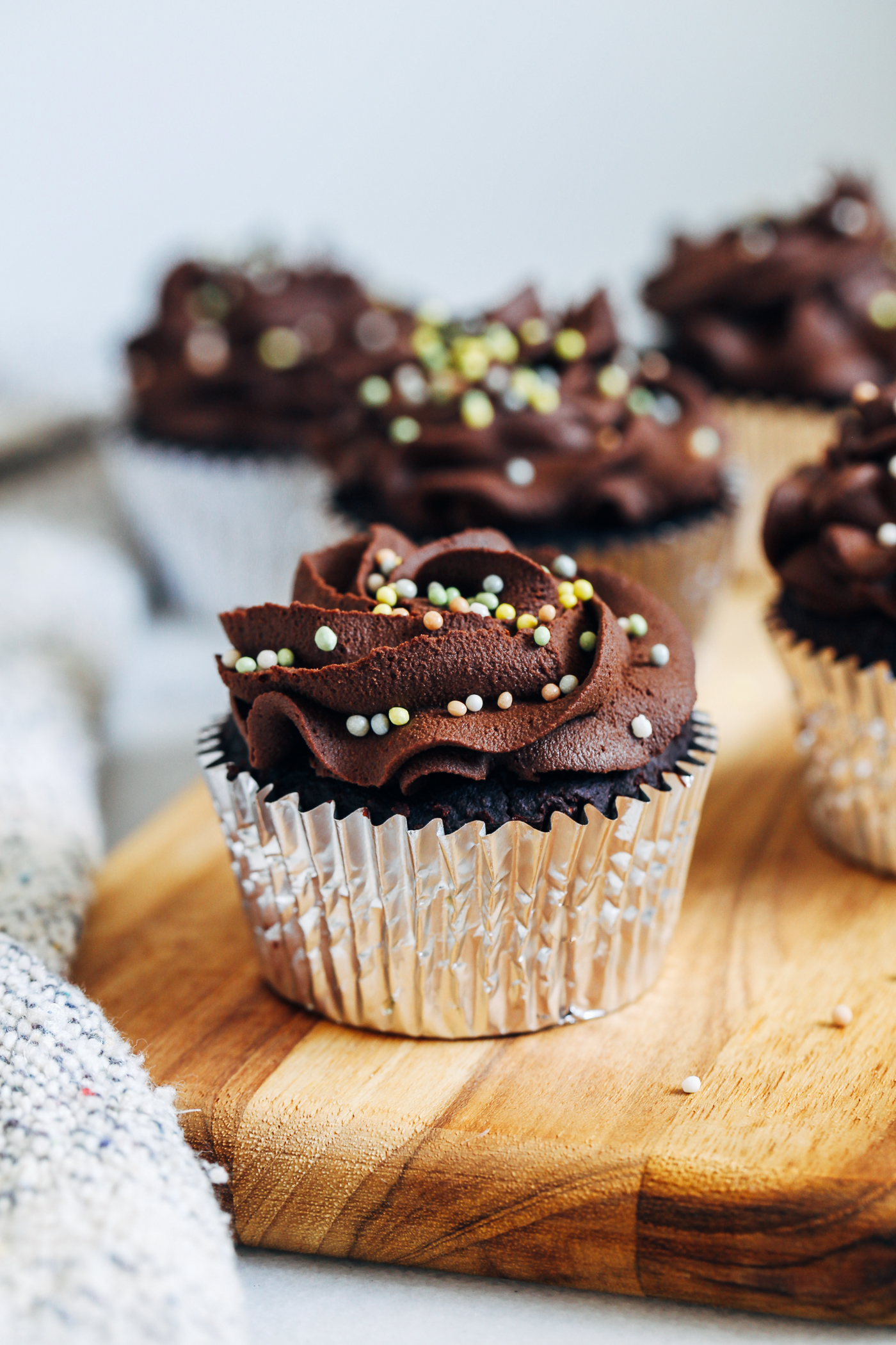 Fudgy Grain-free Vegan Chocolate Cupcakes - Making Thyme for Health