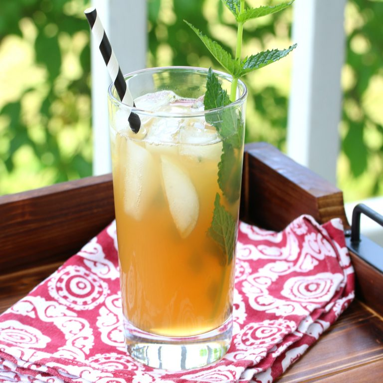 Apple Peppermint Iced Tea