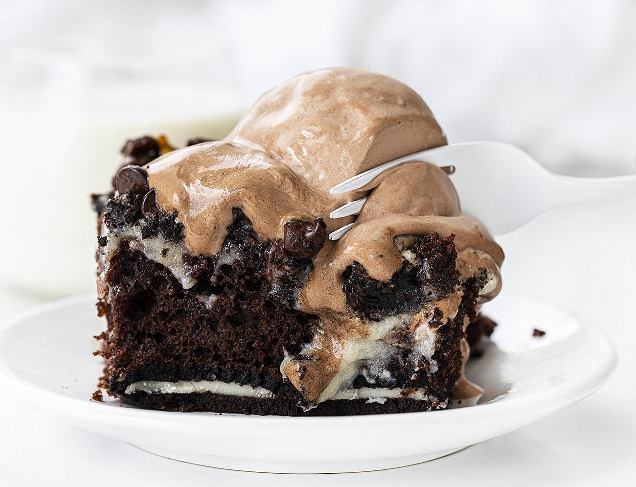 Oreo Earthquake Cake | i am baker